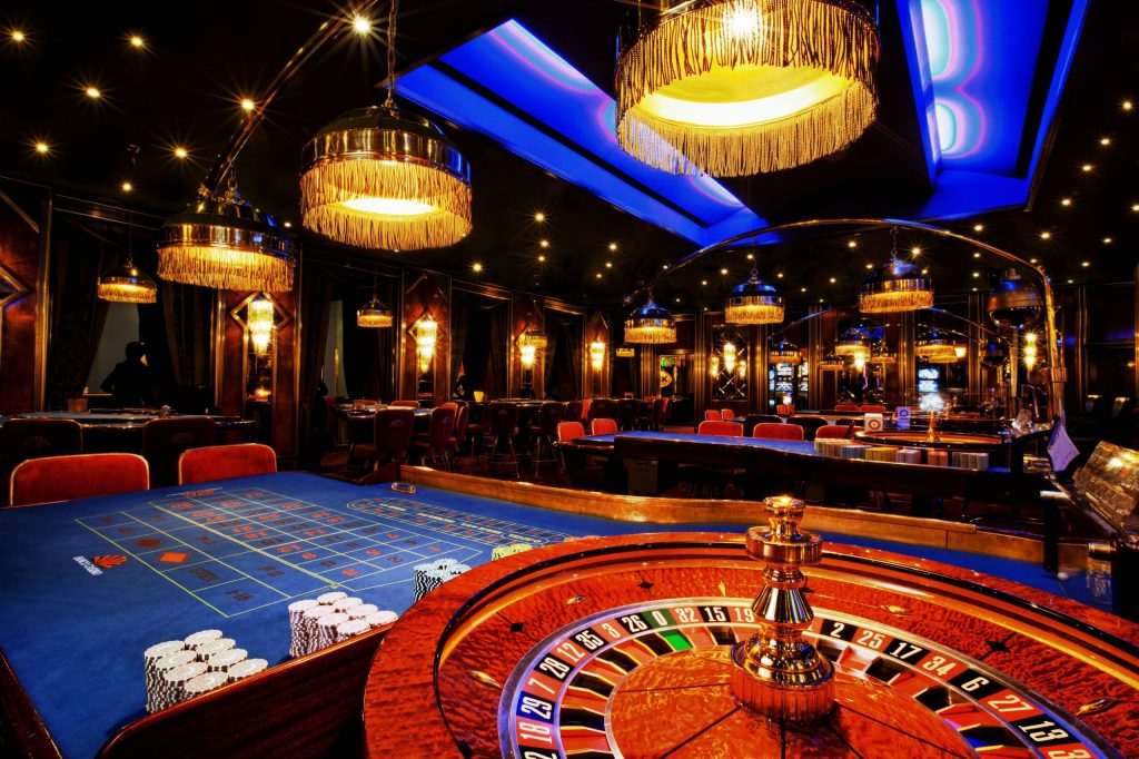 Video Poker Rules - Winning Hands, Paytables, And Strategies